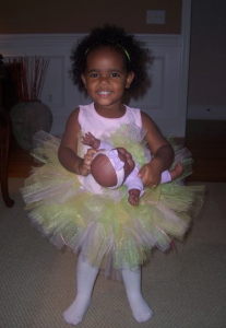 Homemade Costume Idea:  Adorable No-Sew Tutu
