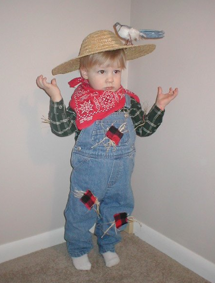 & Homemade Costume Idea: Scarecrow - Mommysavers | Mommysavers