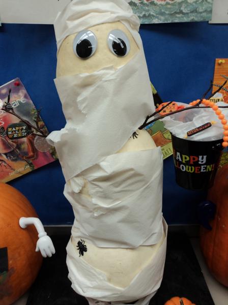 Spoooooky!  Mummy Halloween Pumpkin