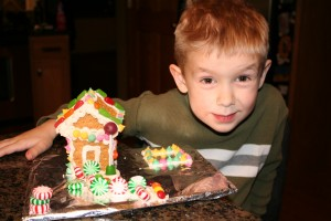 Holiday DIY:  Graham Cracker Gingerbread House