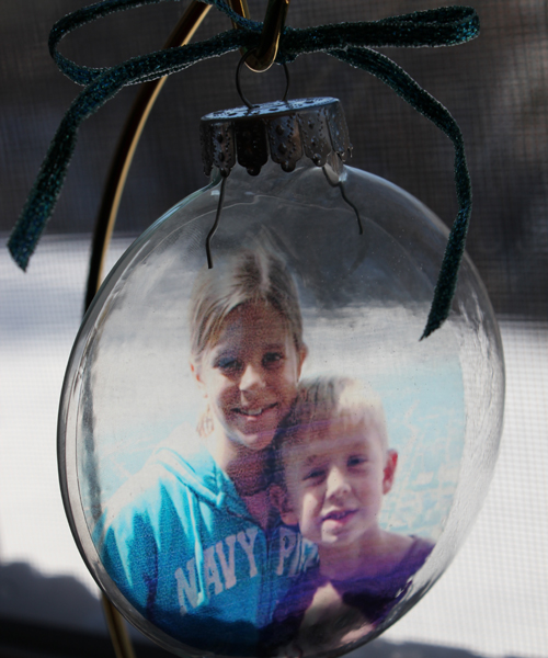 Photo Craft:  Transparency Photo Ornaments