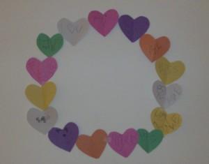 Kids Valentine's Day Craft: Paper Conversation Heart Wreath