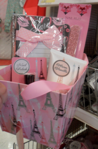 Cute Valentine's Day Gift Basket For Only $5