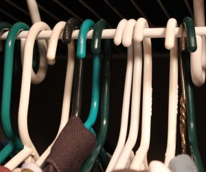 clothing-organization-hangers