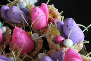Marshmallow Peeps Crafts:  Bird Nest Rice Krispy Treats