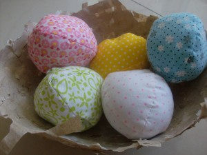 Easter Craft: Fabric Easter Eggs and Recycled Bird's Nest