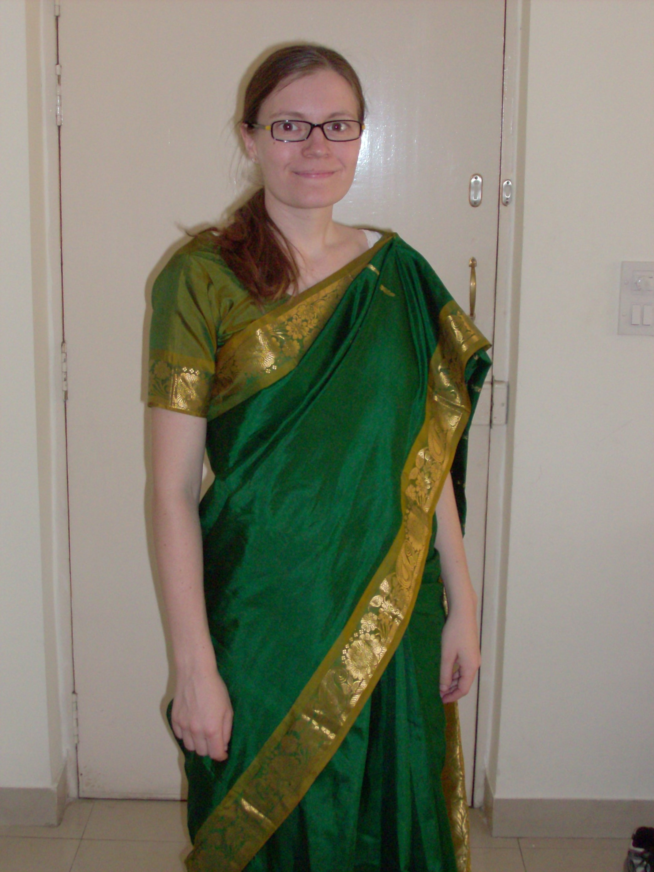 Frugal Foreigner: Sari on me