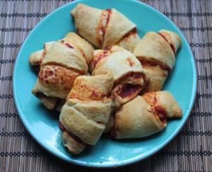 3-Ingredient Pizza Crescent Rolls
