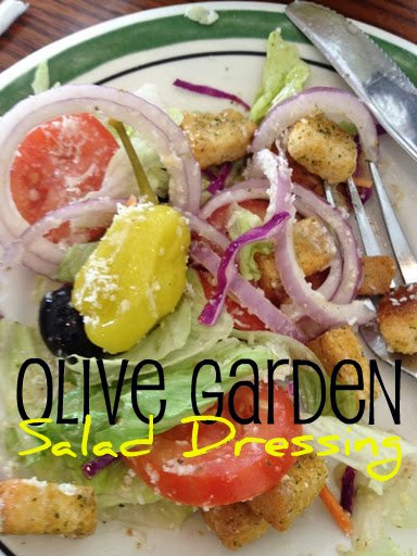 Olive garden salad dressing copycat recipe mommysavers for Olive garden salad dressing ingredients