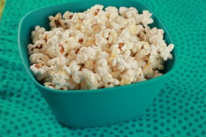 Homemade Kettle Corn Recipe – Frugal Snack Idea