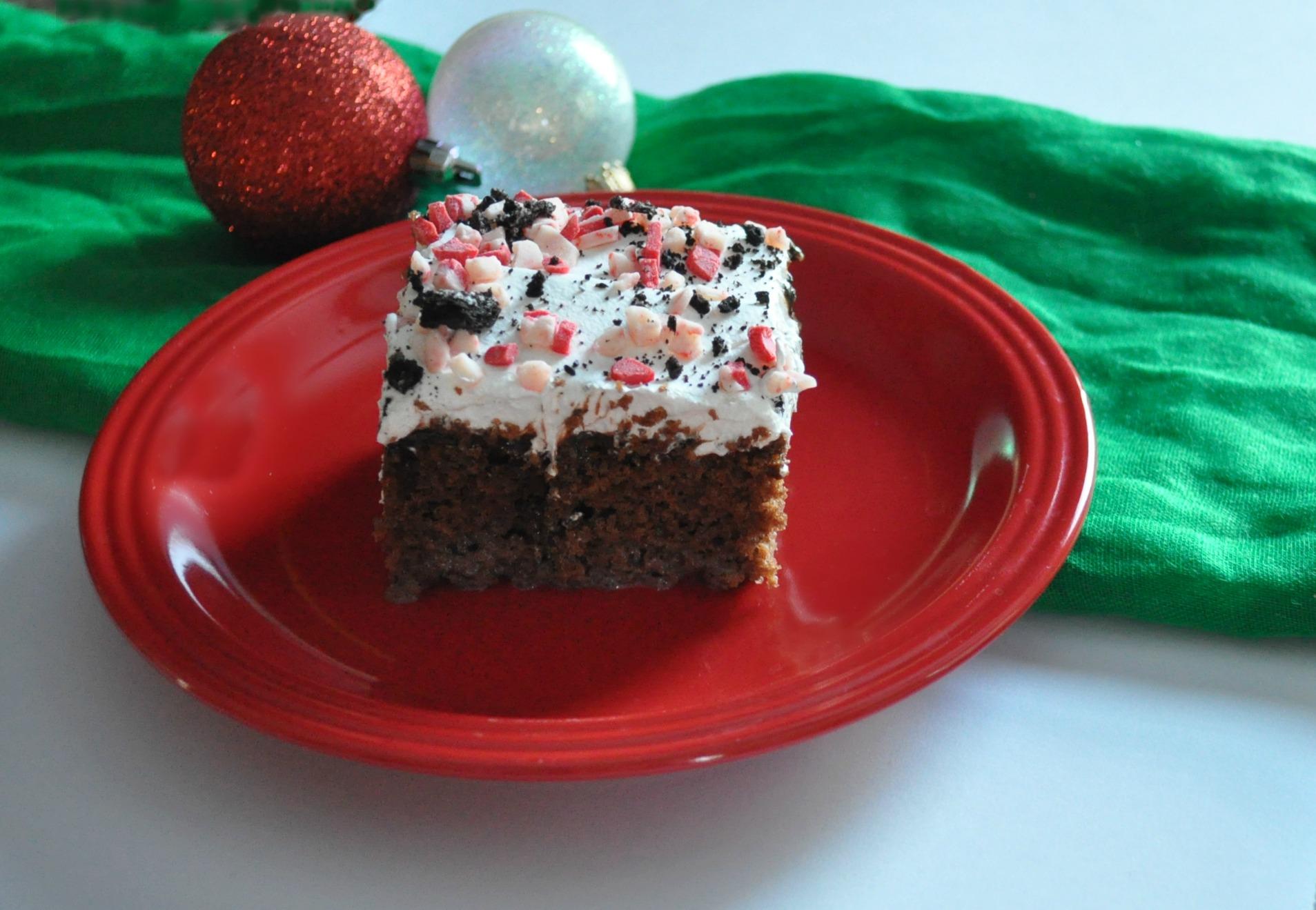 christmas baking treats, christmas poke cake