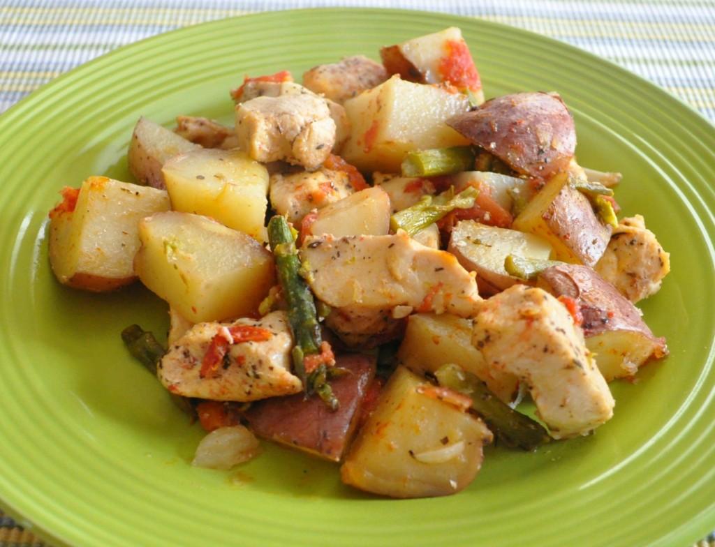 Куриные грудки с картошкой в духовке рецепт без сыра