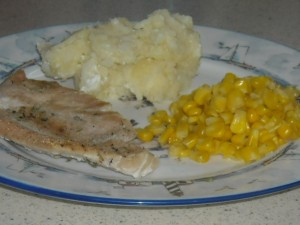 Clean Eating Comfort Food:  Turkey, Mashed Potatoes, and Corn