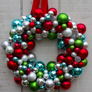 Frugal DIY Holiday Decor DAY TWO: Homemade Wreaths Under $15