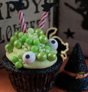 Halloween Cupcakes: Witches Brew